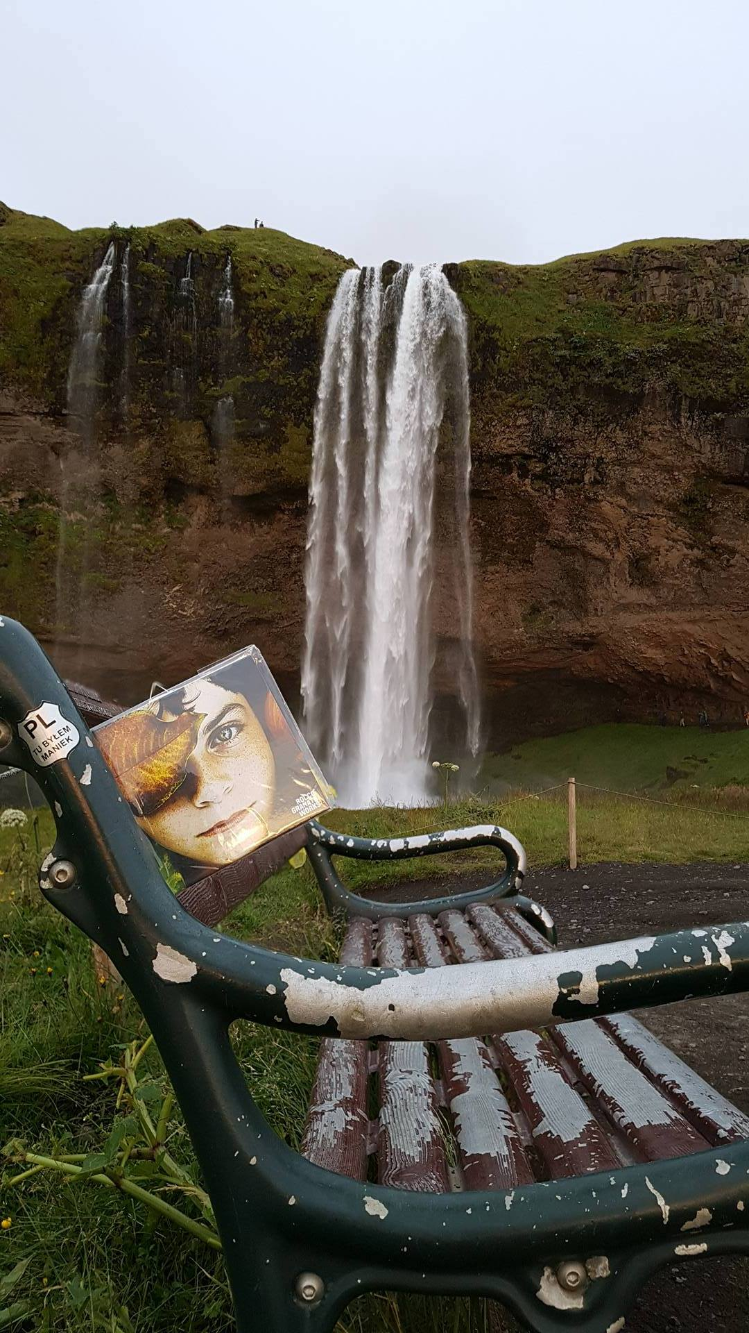 Iceland – Seljalandsfoss – Cd 215/300 Rocco Granata Works art installation